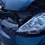 アクセルペダルの踏み間違い事故を防ぐ機能について
